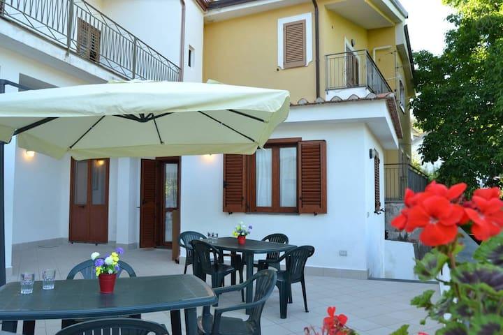Le Terrazze sui Monti- Casa Completa - Pietre - Rumah