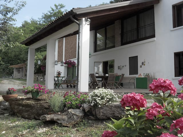 Cottage on outskirts of Vicenza M - Monteviale