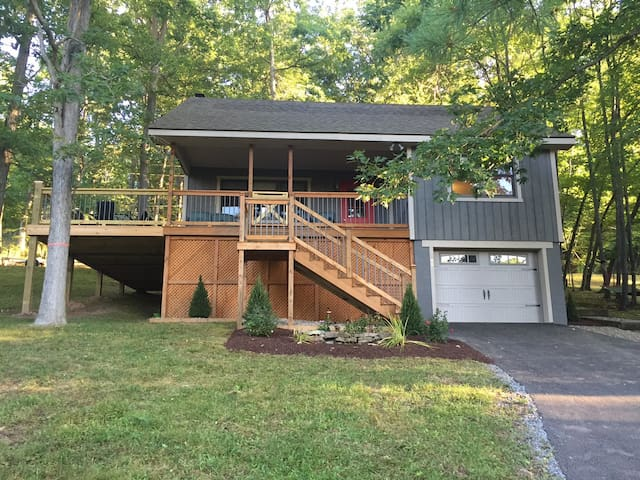 Alyvia's Retreat by the Lake (Lake Access) - Swanton - Huis