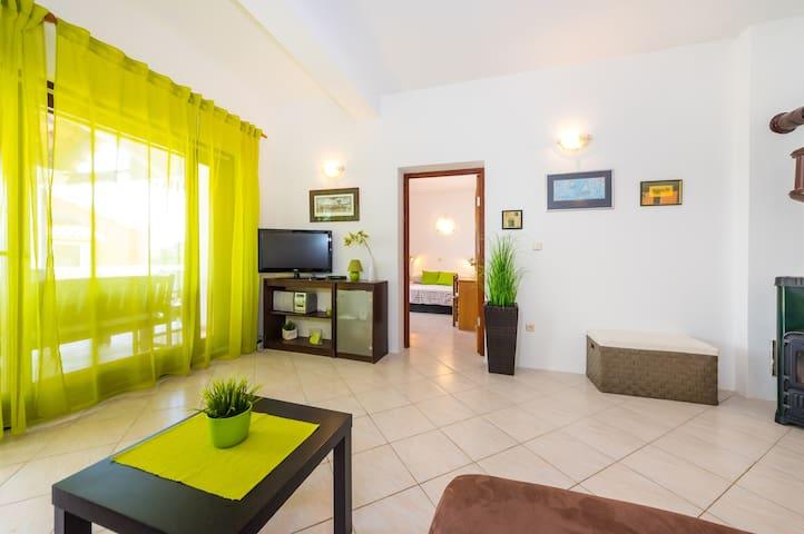 Apartment Marijana - Božava - Lägenhet