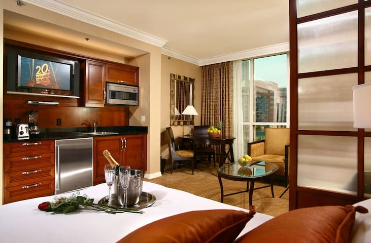 Luxurious Penthouse Condo in Vegas - Las Vegas - Departamento