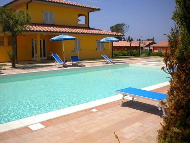 New apartment 3 pax with pool and air conditioning - Scarlino - Departamento