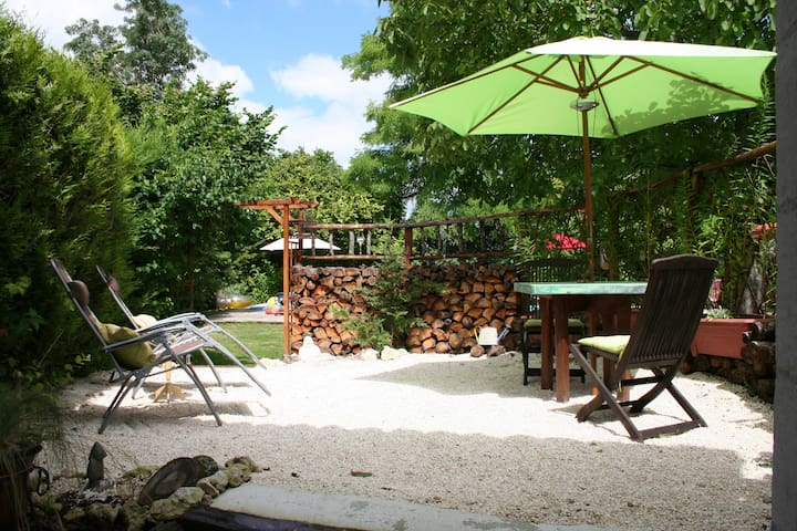 L'Oceana Studio, Pool and Gardens - Saint-Paul-Lizonne