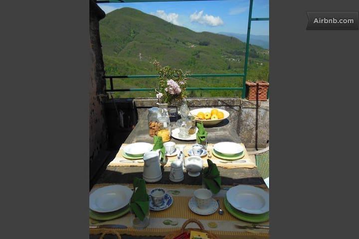 La Canonica Auberge - Pulica - Bed & Breakfast
