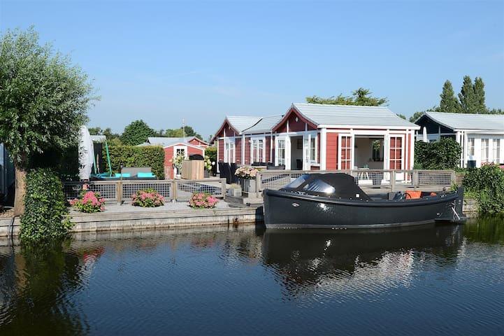 Chalet aan water in Loosdrecht - Loosdrecht - Dağ Evi