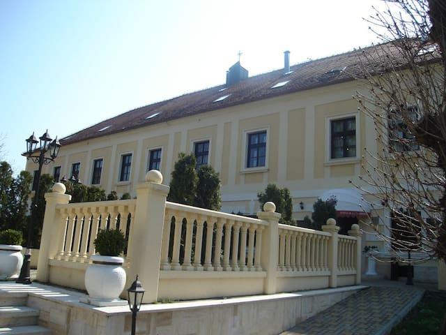 Dvorac Hotel Gjalski - Zabok