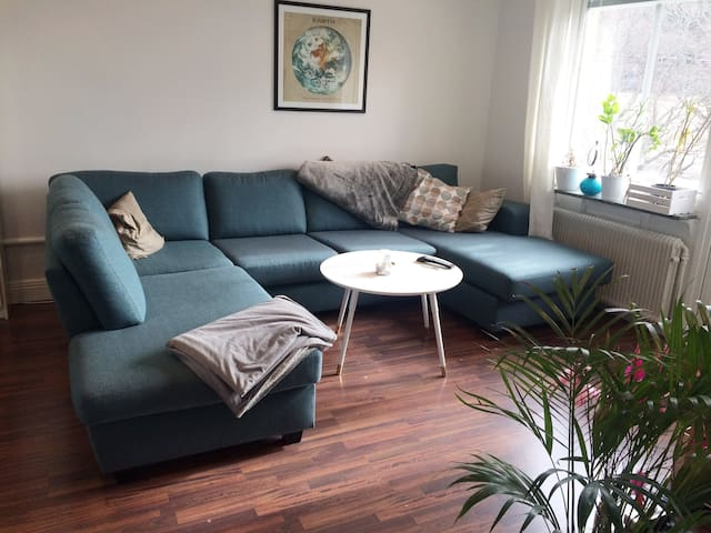 Beautiful, comfortable apartment 10 min to city - Estocolmo - Departamento