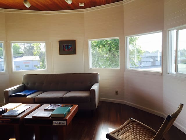 Bedroom Available for Single Traveler - Petaluma - Pis