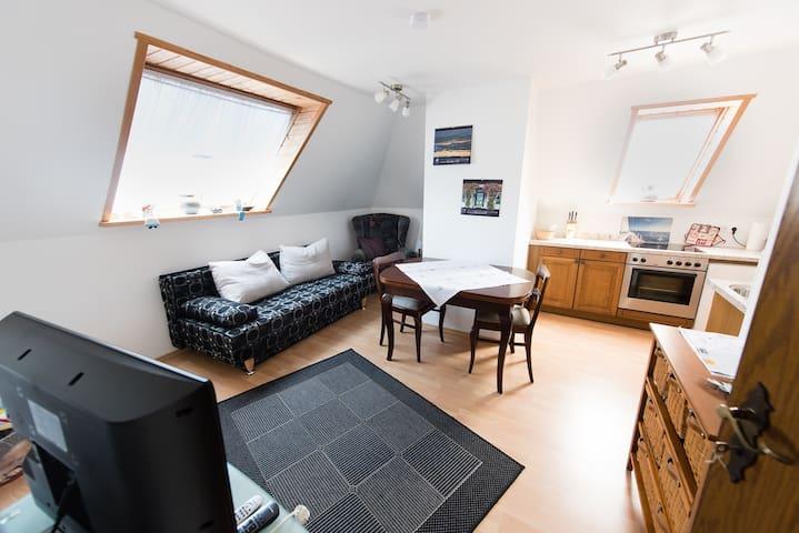 Gemütliche OG-Wohnung - Berumbur - Квартира
