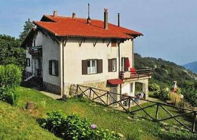 """Bed and Breakfast """"Al Colle"""" - Magliolo - Bed & Breakfast"""