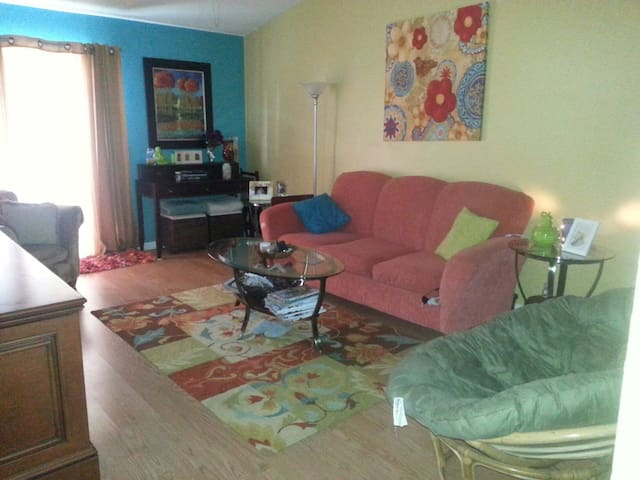 A Clean and Quiet Place to Stay - Oviedo - Leilighet
