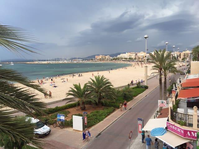 Apartamento en primera línea de playa - Can Pastilla
