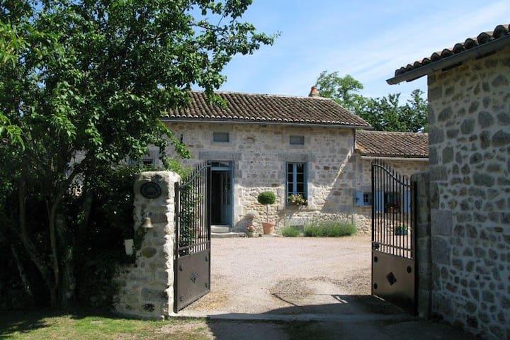 La Ferme Du Noyer - Farmhouse - Marval - Casa