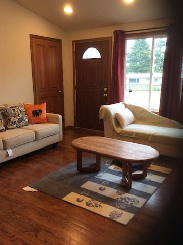 Cosy house near SeaTac Airport - シータック - 一軒家