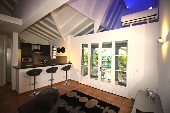 75 euro a night ! 1 may until 31 august ! - MF - Departamento