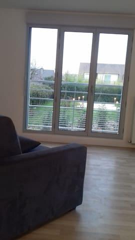 Chambre privée dans appartement lumineux au calme - Massy - Departamento