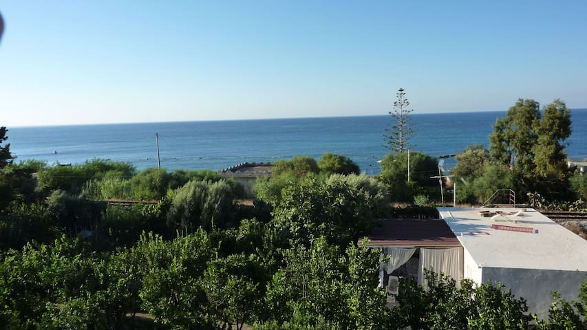 Bellissima casetta sul mare Jonio - Palizzi Marina - Huis