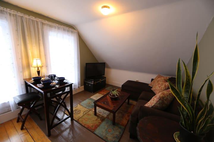 Apartment in charming VT Village - Whitingham - Leilighet