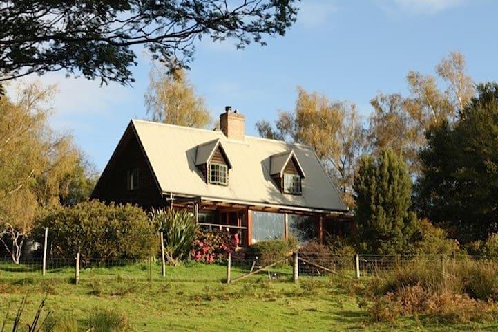""" Puggle Farm ""   Cygnets Quintessential farmhouse - Cygnet - Casa"
