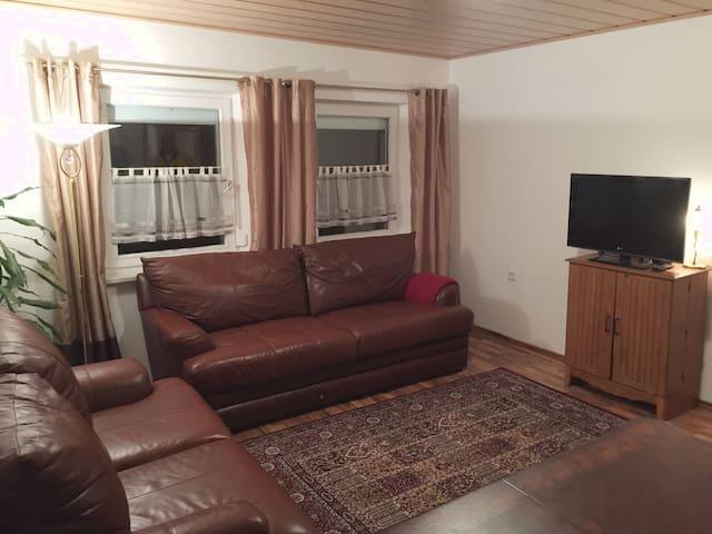 Hohenfels BNB Plus Apartment #2, (150 m2) - Hohenfels - Apartamento