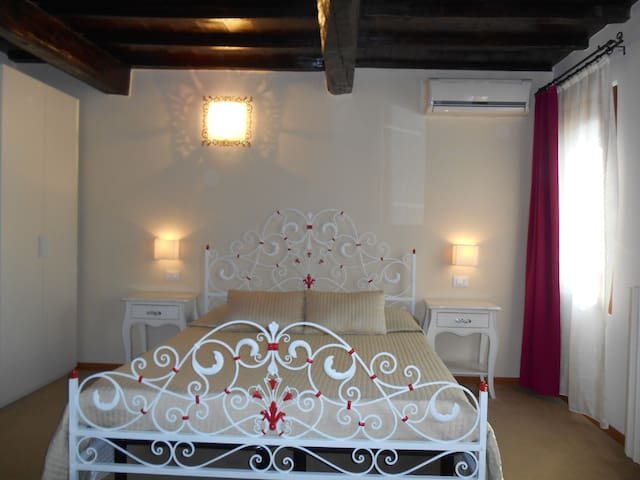 Villa Cittadella B&B - Romantica - Mantova - Bed & Breakfast