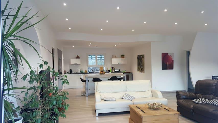 Chambre dans grande Villa Moderne - Jarjayes - Pousada