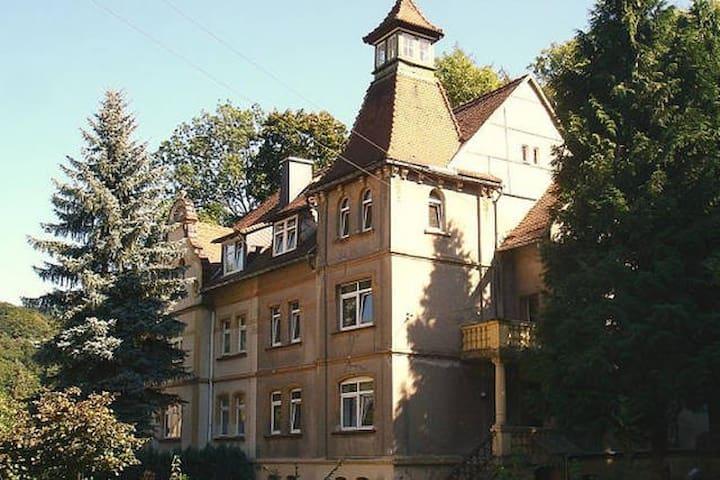 Ferienwohnug 2 in der Turmvilla - Rastenberg - Departamento