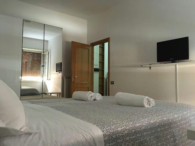 Lovely room near Vaticano - Rome