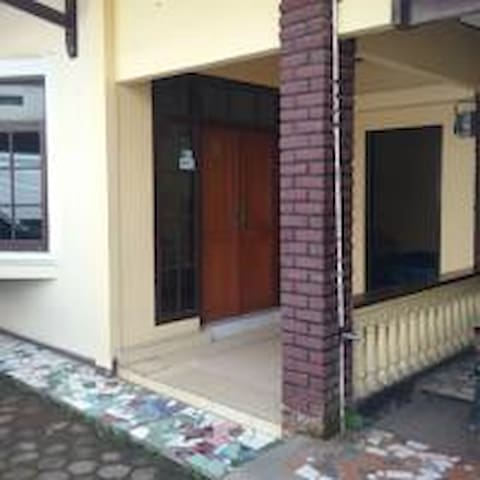 kamar rame-rame - Cicendo - Bed & Breakfast