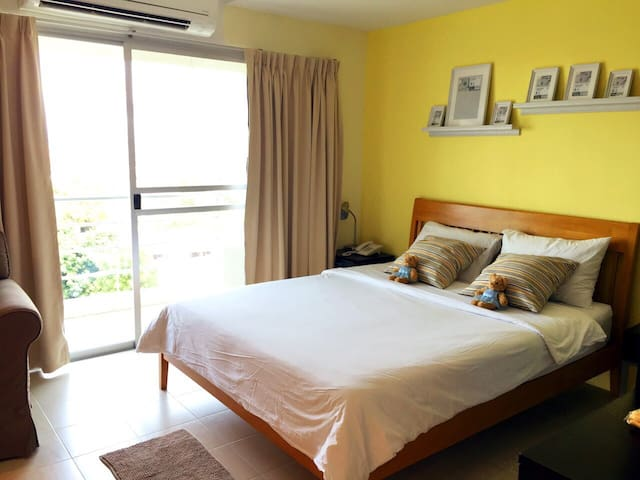 Cozy Apartment right in the heart of everything - Rayong - Lägenhet