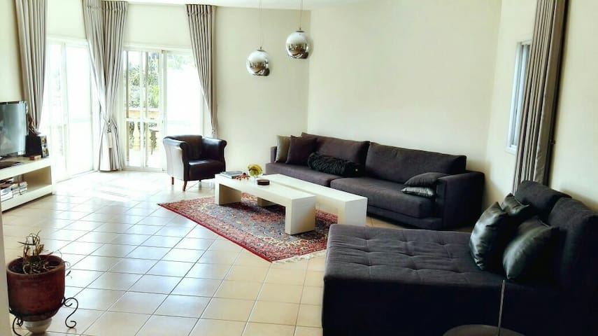 Olive Orchard - Netanya - Appartement