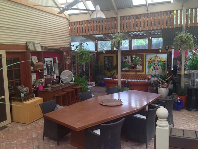 Character cottage close to town - Gawler East