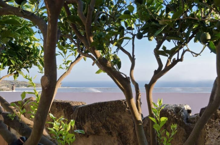SEA View Loft w/ PARKING - Catania  - 卡塔尼亞 - Loft空間