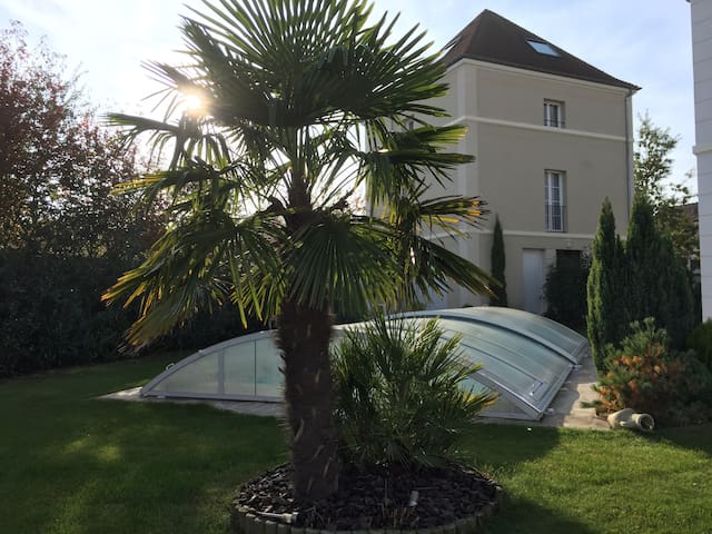 Koechi, apartment rated 3 *** close to Disneyland - Magny-le-Hongre - Daire