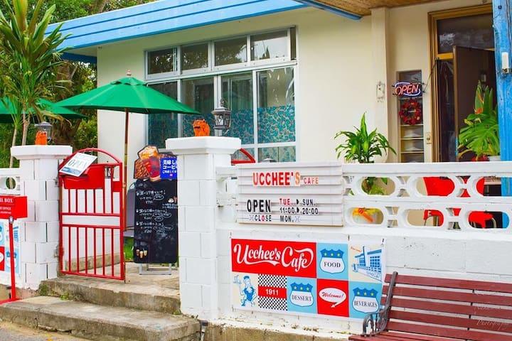 ucchee's cafe at Okinawa MOON - 中頭郡