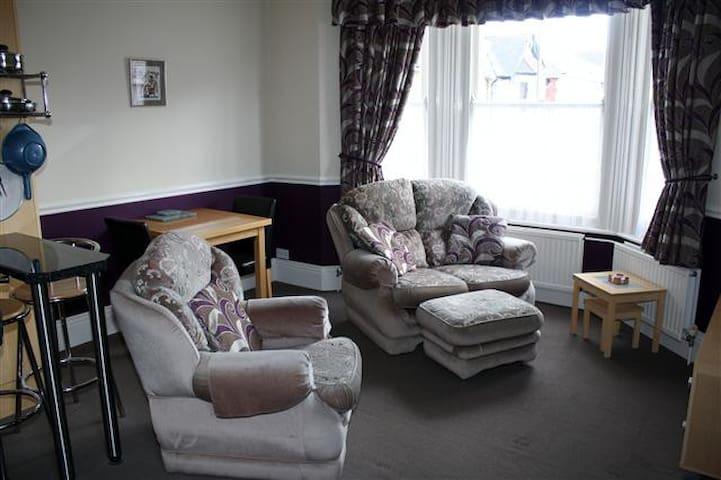 Elizabeth apartment - Shanklin