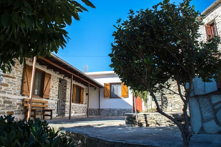 Beatiful house in Afetes Pilion - Αφέτες