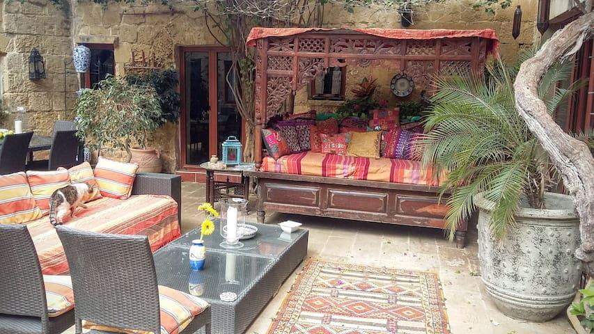 Stunning B&B in an exceptional House of Character! - Ħal Għaxaq - Bed & Breakfast