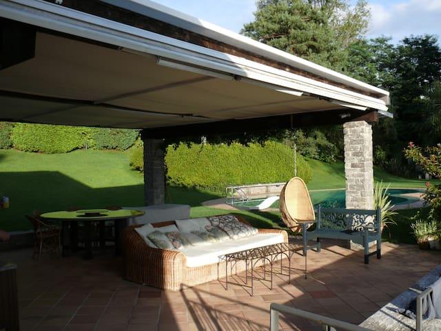Villa on the Lago Maggiore  - Laveno-Mombello - Villa