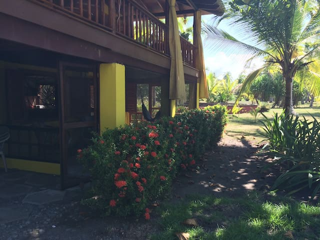 Cabina Amarillo - Playa Zancudo - Cabin