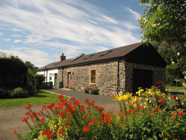 Apple Barn, spacious rural retreat - Dunadry