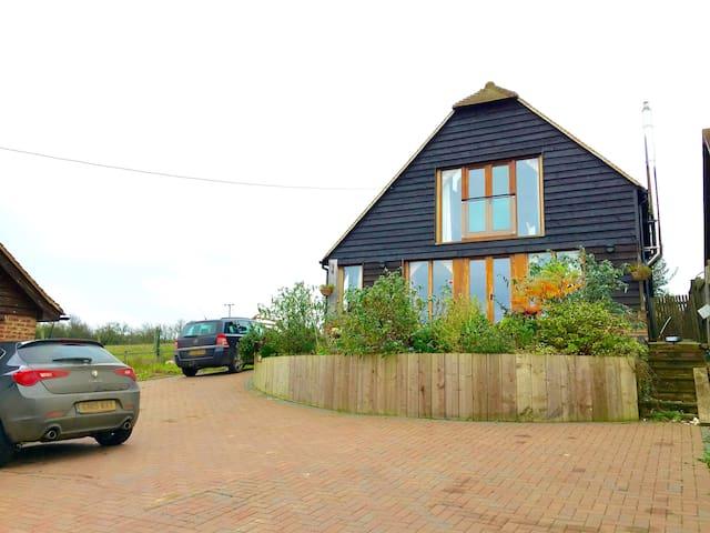 Oak frame Eco house. Sea views - Yorkletts, Whitstable