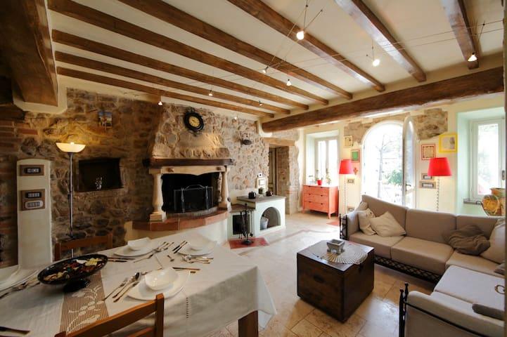 Villa Dacia , confort &relax - Guiglia - Hus