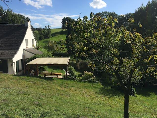 Pour les amoureux de la nature... - Villers-la-Ville - House