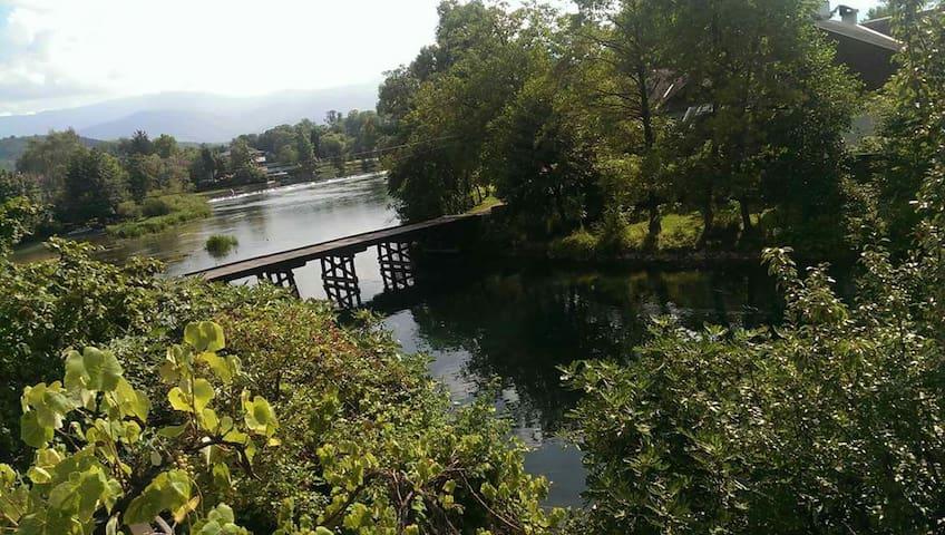 River Una,amaizing nature.Visit us. - Bihać - Appartement