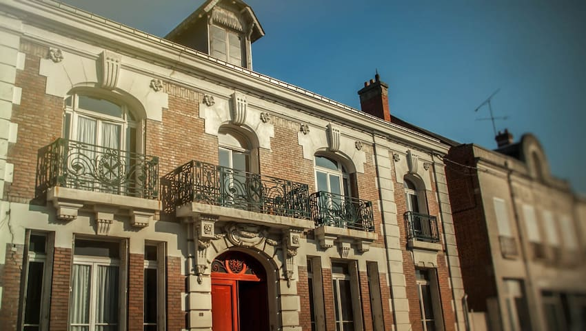 Splendid doctor's house for 8-12 people in Picardy - Nesle