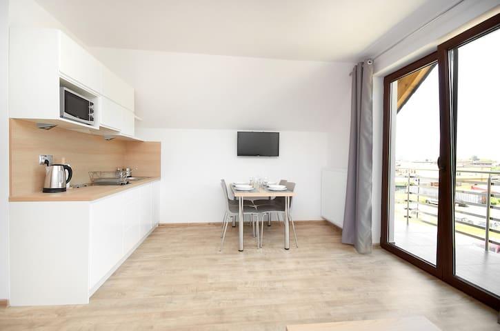 Nowoczesny apartament z balkonem, 50m od morza! 8 - Jastarnia - Leilighet