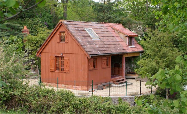 Gîte, chalet de la Cadurie - Loigné-sur-Mayenne - Casa