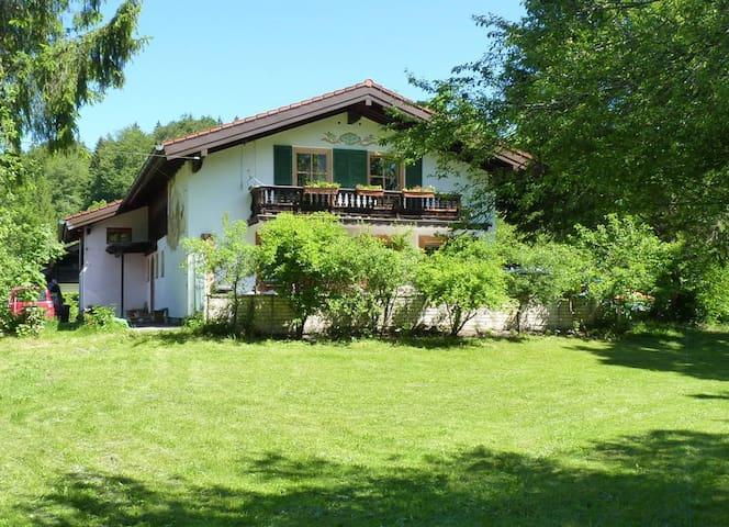 Ländliche Ferienwohnung in Geitau - Bayrischzell - Departamento