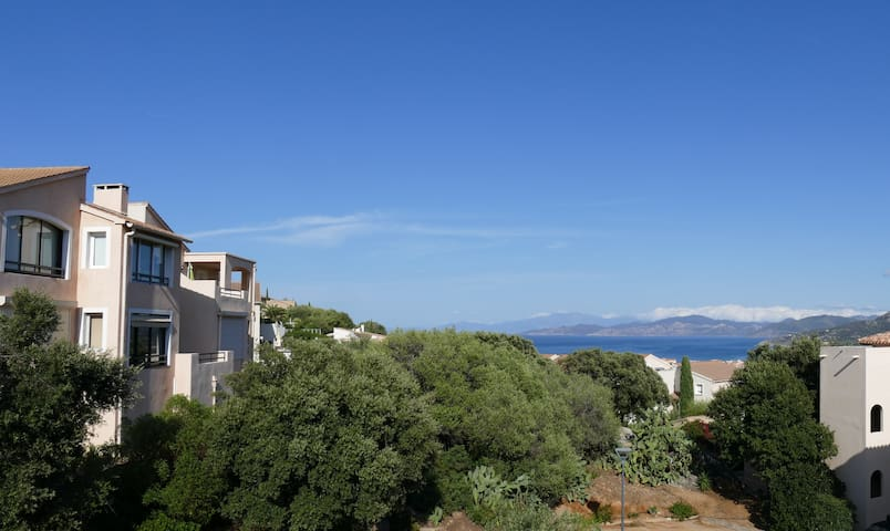 ONE BEDROOM FLAT CONDO WITH POOL - L'Île-Rousse - Daire